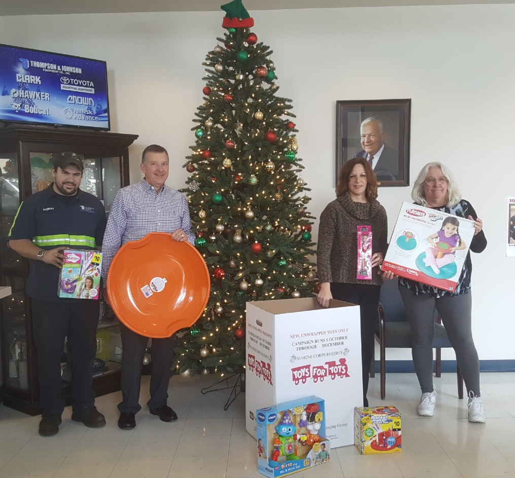 American Legion 2017 Toys For Tots : Photo gallery